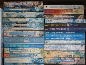 Terry-Pratchett-Paper-Backs